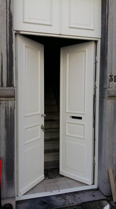 Porte entree maison 1